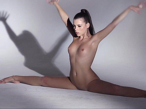 oboi-na-rabochiy-stol-tetki-golie