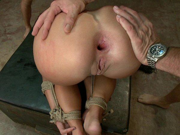 porno-onlayn-porno-parodii-na-russkie-filmi