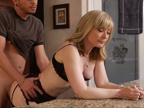 секс домахозайки американски мамочки мр4 скачать