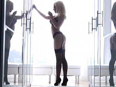 Kagney Linn Karter posing & fucking