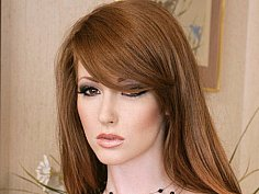 Redhead & redpussy Nikki Rhodes has