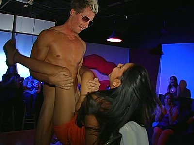 Long haired tanned babe sucking and fucking