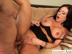 Superb mom Kendra Lust gets nailed