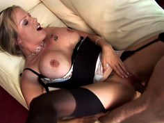 Minx with big hooters gets fucked