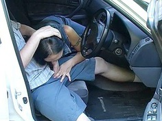Drove the girl's blowjob