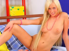 Watch a teen girl from your dream get teamed rough