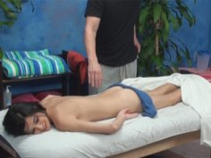 Zoey seduced and fucked by her massage therapist on hidden camera