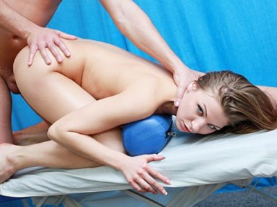 Young girl fuck hard during massage