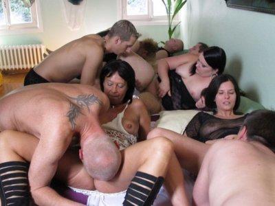 Hardcore swinger orgy