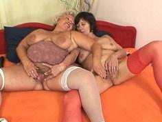 Unshaven amateur mammas first time lesbian