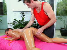 Rachel Roxxx gets a whole body rub-down