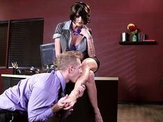 Joslyn James lets her co-worker lick her perfect feet