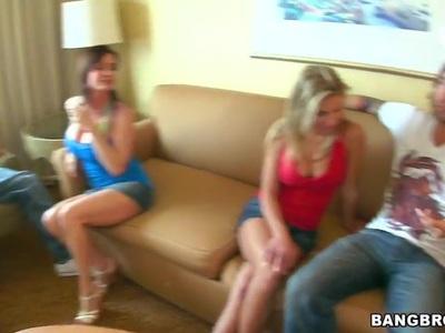 奥布里,Brianna&Diamond正在制作电影