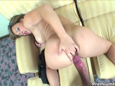 Superb blonde Sara May has very deep throat