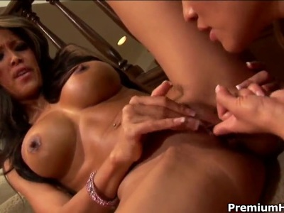 Charmane Star and Teanna Kai are busy with French tricks