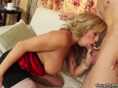 Amber Lynn Bach likes to seduce and fuck young boys