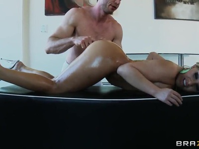 Jessica Moore massaged and banged by Jordan Ash