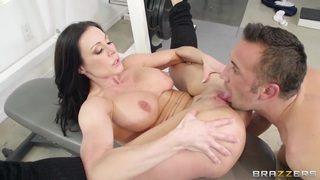 Keiran Lee fucks flexible milf Kendra Lust