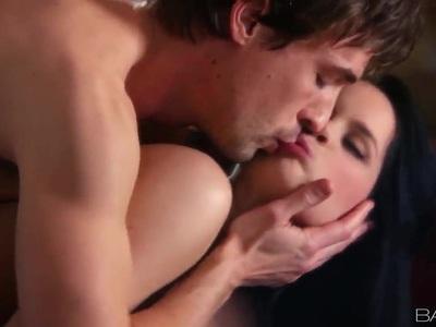 珍娜罗斯有一个非常浪漫和温柔的他妈的