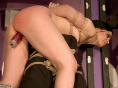Alice King gets tortured by her master
