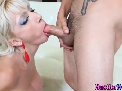 Milf Natsha Juja swallows