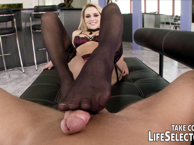 The Sexy Machine offers two blonde sluts to make your filthiest fantasies real!