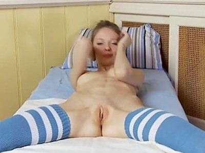 Babe is having a lusty time with her horny vagina