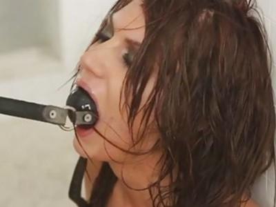 让我们看看Cassandra如何吸吮公鸡