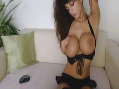 Stunning Webcam Girl Fingers Pussy
