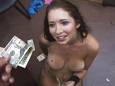 Sweet hot babe wanted some quick cash