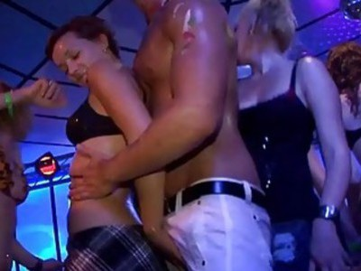 Nonstop rod engulfing and pleasuring from chicks