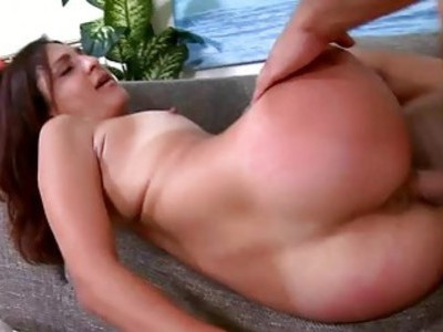 Honey has got really impressive cockriding skills