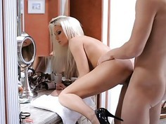 Blonde babe likes to get sticky with jizz