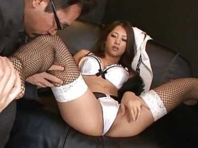 Girl with muff feels fat rod drilling her wet hole