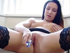 Jenny uses a toy to make her pussy cum hard