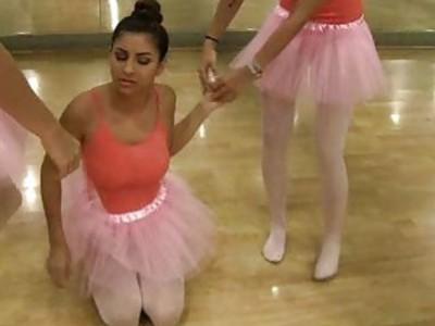 青少年好吃的他妈的新芭蕾舞演员!