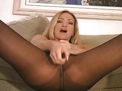 Frisky chick exposes butt upskirt pink flaps