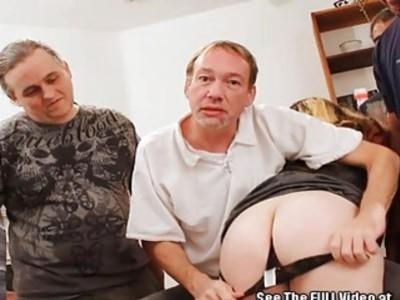 肛门顺从他妈的荡妇堵嘴在迪克斯