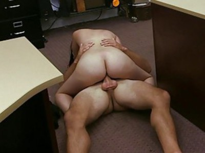 Latin babe pawns her pussy and banged