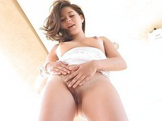 Shyla II sexy hd brown tits finger pussy