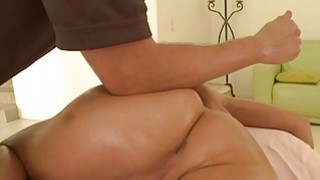 Hunk is giving sexy darling an cumhole hammering