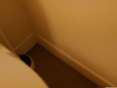 埃尔莎吉恩口交步兄弟和他妈的在浴室他妈的很难
