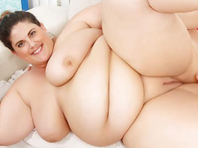 脂肪美女艾琳绿色得到性交困难