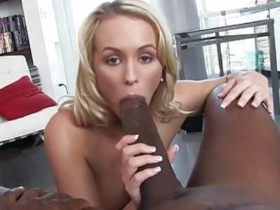 艾米莉奥斯汀的色情录像