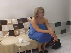 Chubby lady with fat pussy fucked behind the scene
