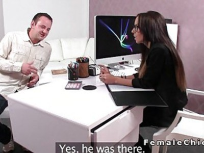 Dude licks feet to slim female agent and gets spanked