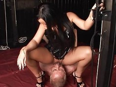 Dominating Threesome XXX