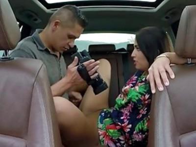 青少年罗兰米纳尔迪搭便车撞上了