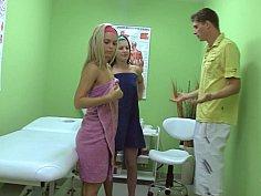Oily massage three-way