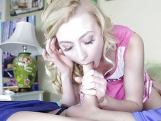 Blonde cheerleader Alexa Grace rammed